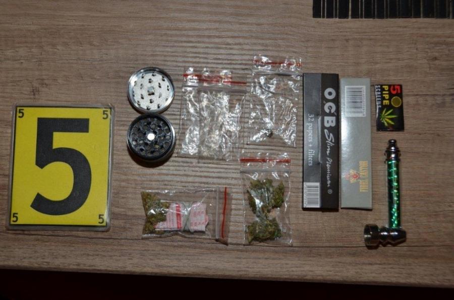 Policajti zaistili takmer 1450 dávok pervitínu, foto 3