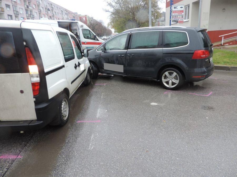 Opitý vodič nabúral dokonca dvakrát, škoda je vyčíslená na 10 000 eur, foto 1