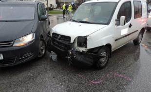 Opitý vodič nabúral dokonca dvakrát, škoda je vyčíslená na 10 000 eur