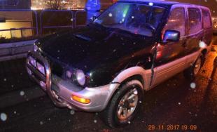 Vo Vajnoroch sa zrazili tri autá na križovatke, polícia žiada svedkov nehody o bližšie informácie