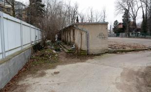 Polícia objasnila vraždu v Pezinku: Muža dobodal 35-ročný Július, hrozí mu väzenie až na 20 rokov